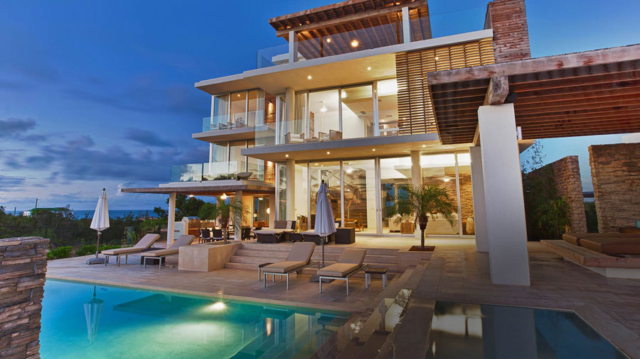 Spettacolare villa con piscina n.03