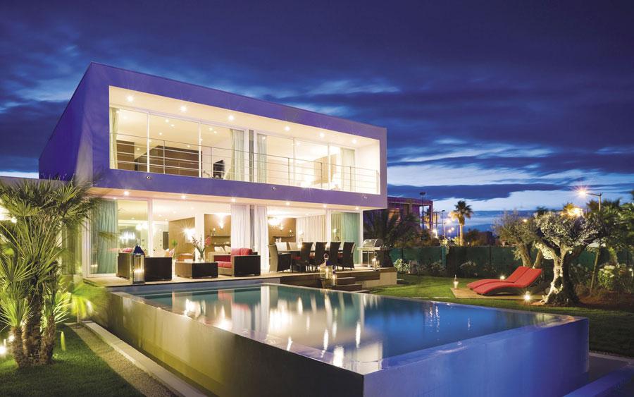 Spettacolare villa con piscina n.18
