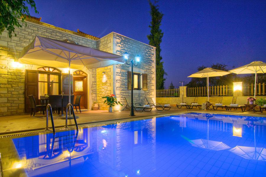 Spettacolare villa con piscina n.19