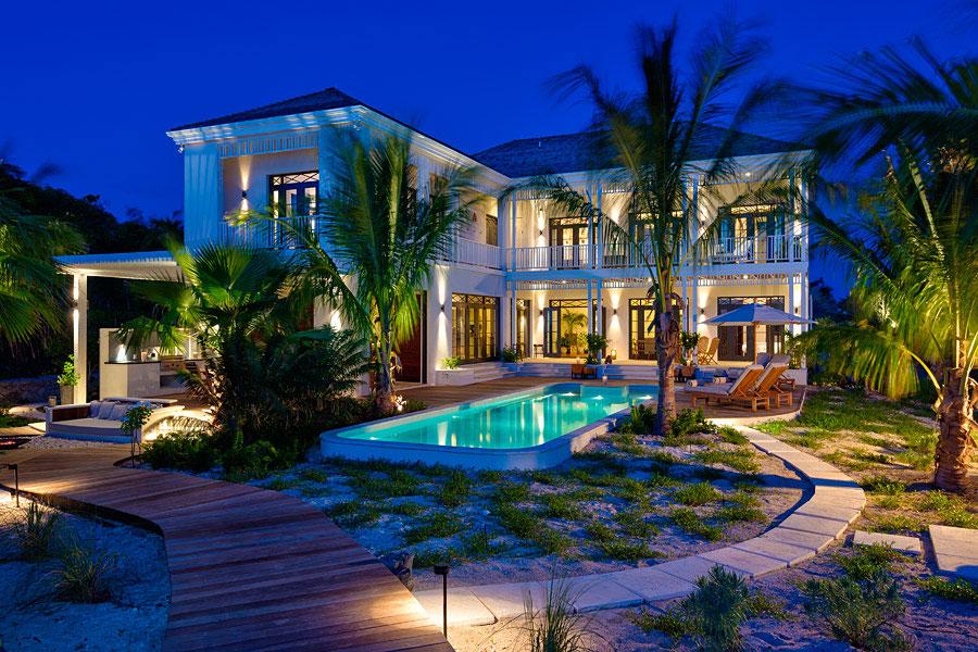 Spettacolare villa con piscina n.23