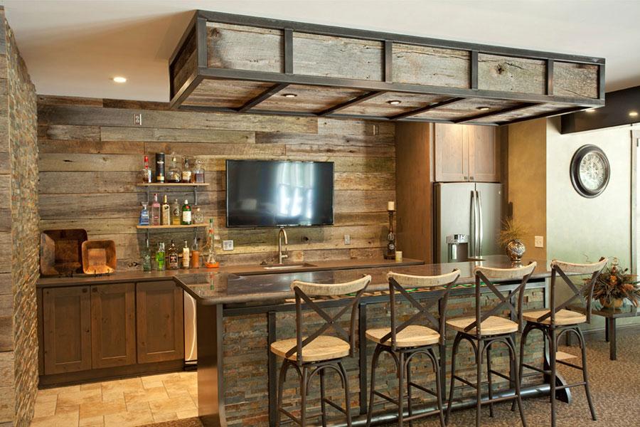 16 esempi di angolo bar in casa con arredamento rustico for Modele de bar pour maison
