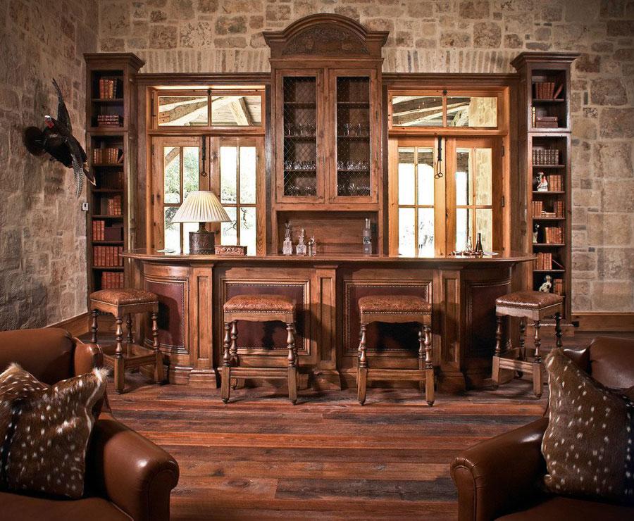 Angolo bar da realizzare a casa in stile rustico n.13