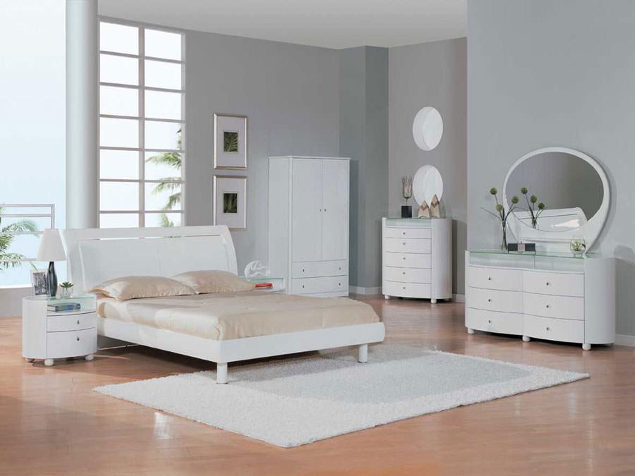 Foto di camera da letto bianca n.09