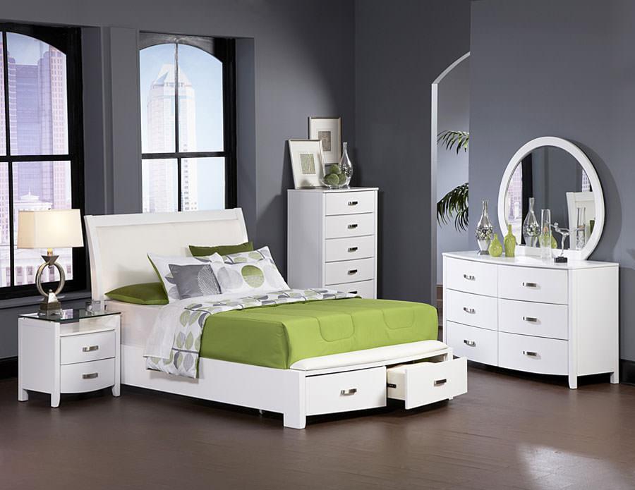 Foto di camera da letto bianca n.19