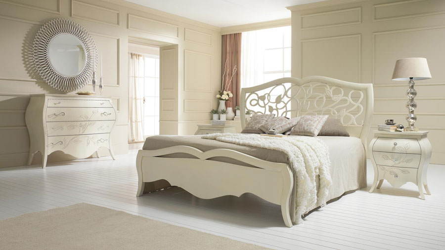 Foto di camera da letto bianca n.30