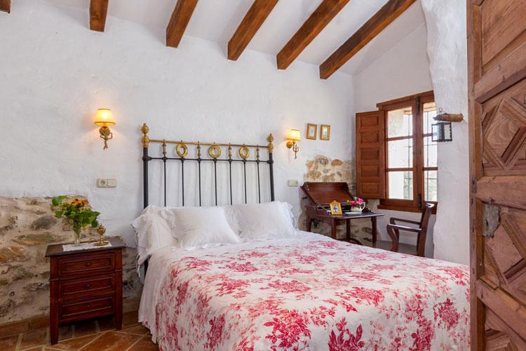 Camera da letto in stile shabby chic n.30