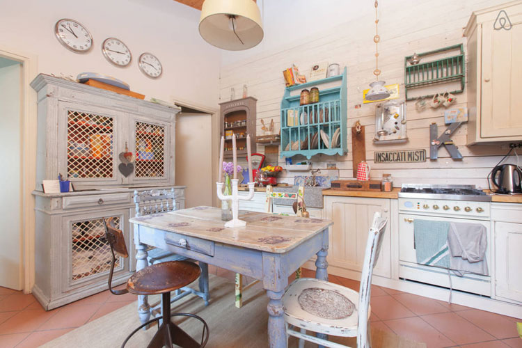 Cucina shabby chic in stile provenzale n.18