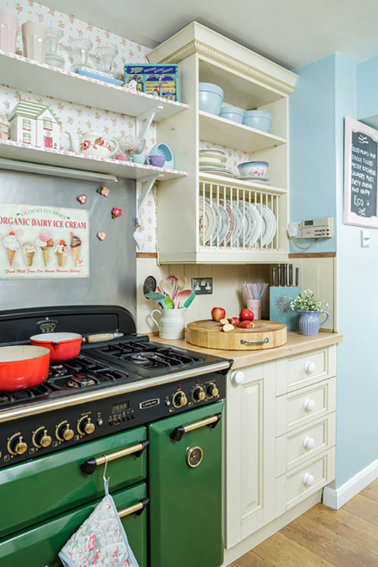 Cucina shabby chic in stile provenzale n.20