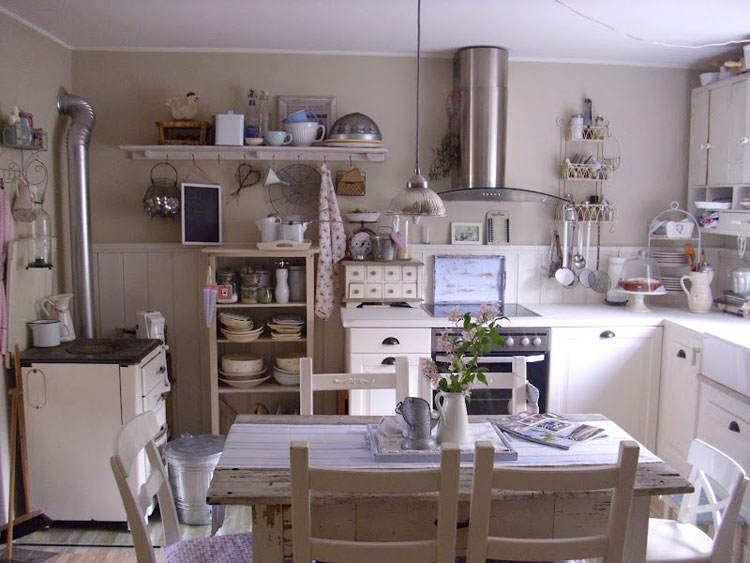 Cucina shabby chic in stile provenzale n.26