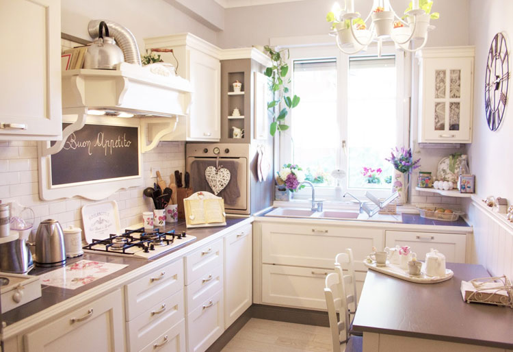 Cucina shabby chic in stile provenzale n.29
