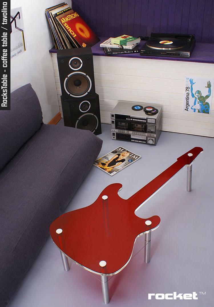 Tavolino a forma di chitarra