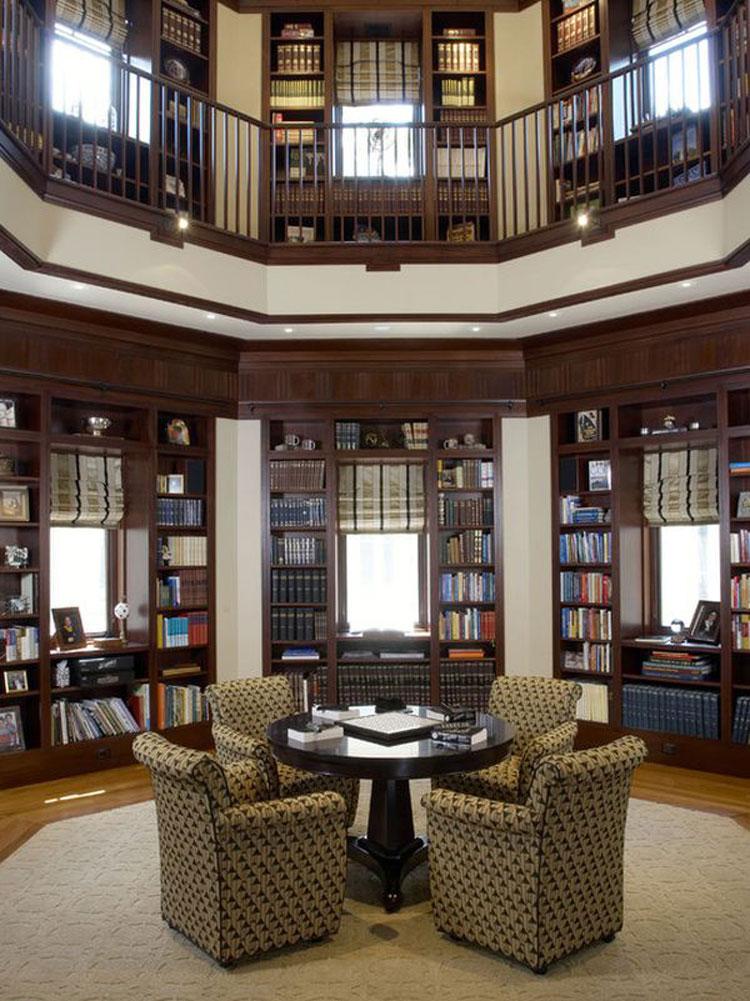 Libreria a soffitto con scala n.03