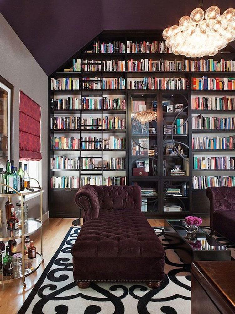 Libreria a soffitto con scala n.07
