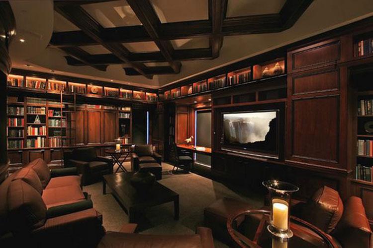 Libreria a soffitto con scala n.10