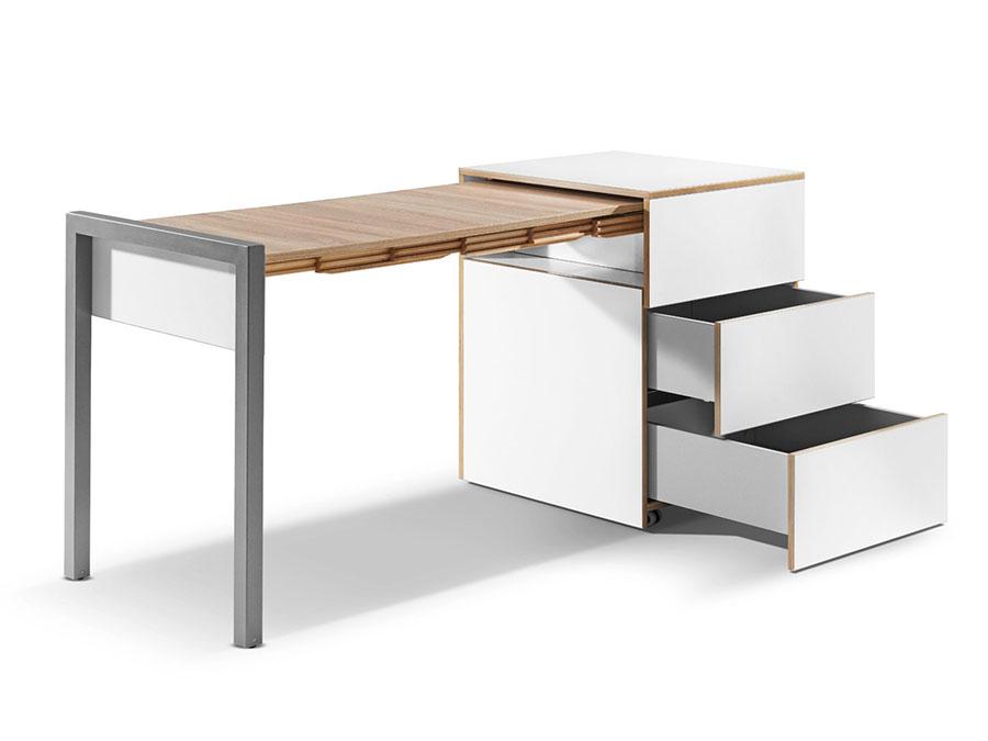 Tavolo allungabile dal design particolare n.34