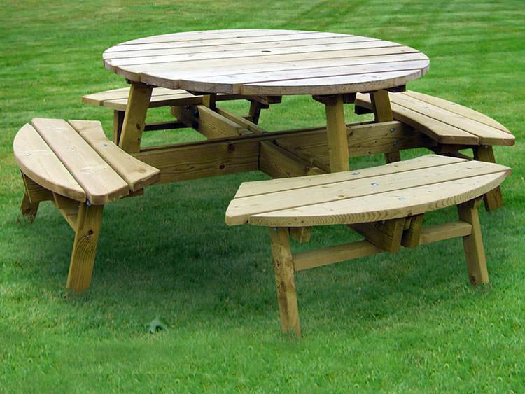 Foto del tavolo da giardino in legno n.01