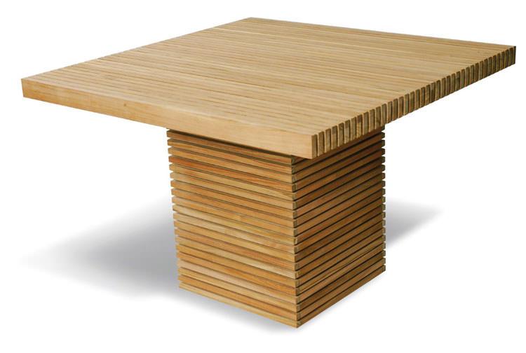 Foto del tavolo da giardino in legno n.12