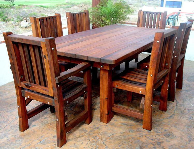 Foto del tavolo da giardino in legno n.16