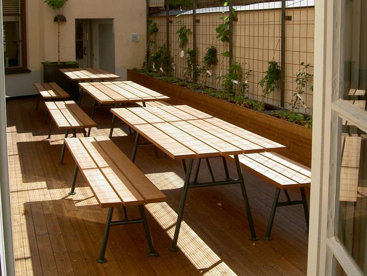 Foto del tavolo da giardino in legno n.18
