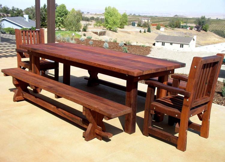 Foto del tavolo da giardino in legno n.21