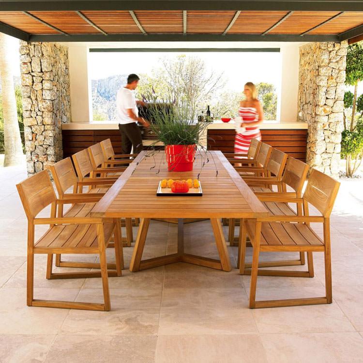 Foto del tavolo da giardino in legno n.23
