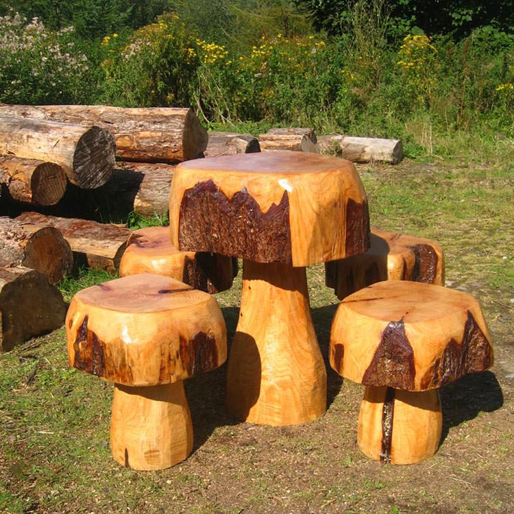 Foto del tavolo da giardino in legno n.25