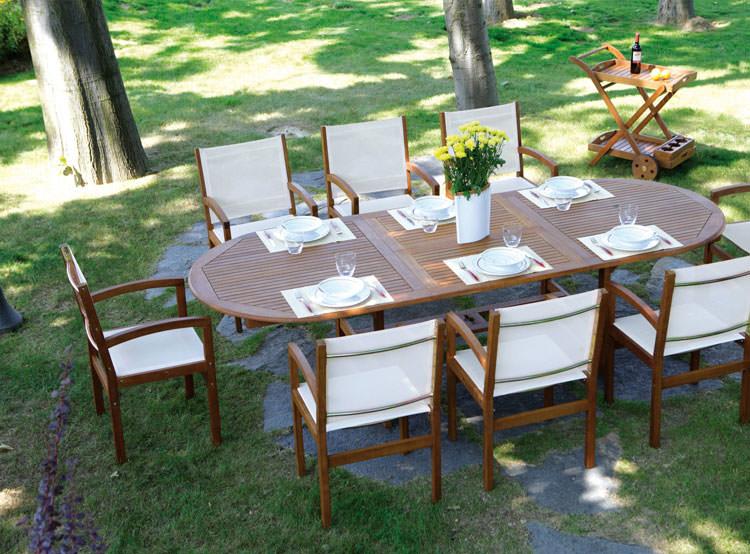 Foto del tavolo da giardino in legno n.28