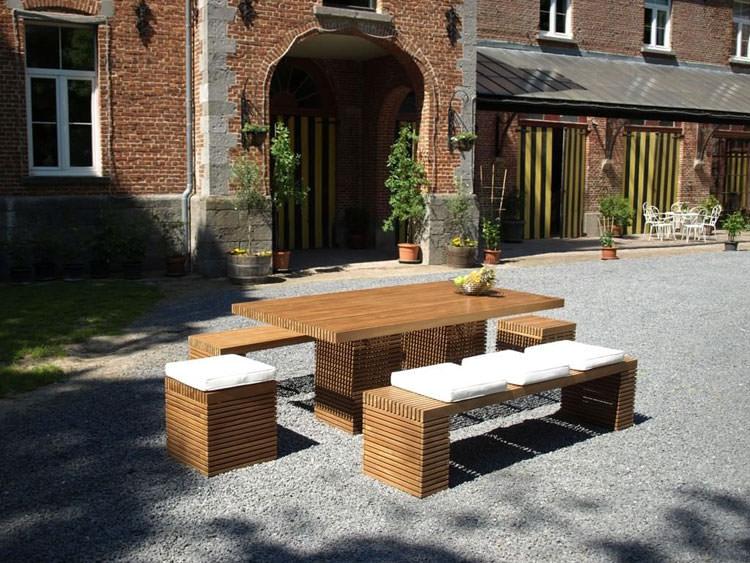 Foto del tavolo da giardino in legno n.33