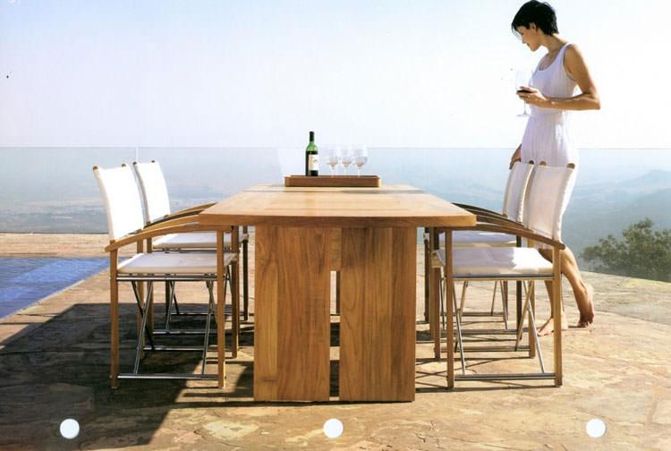 Foto del tavolo da giardino in legno n.40