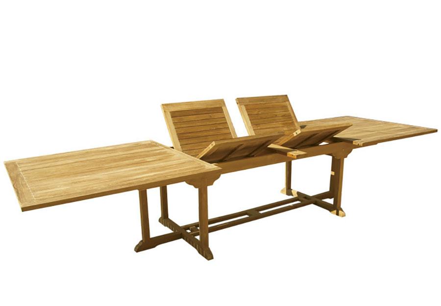 Modello di tavolo da giardino in legno allungabile n.08