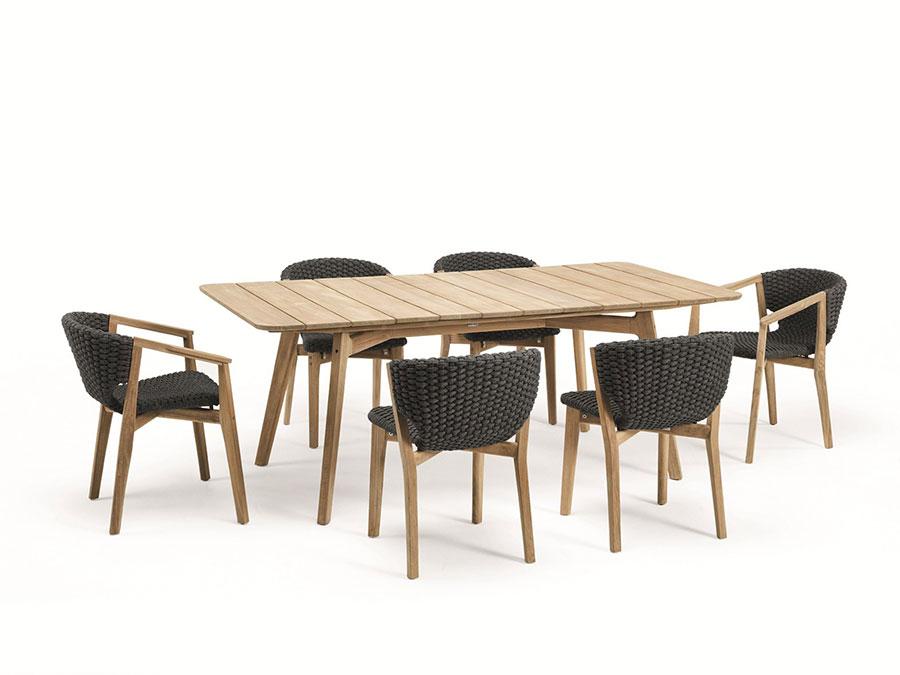 Modello di tavolo da giardino in legno teak n.05