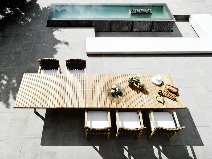 Modello di tavolo da giardino in legno teak n.10