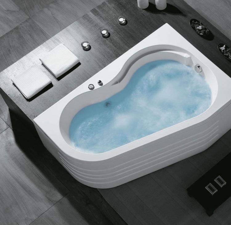 Vasca da bagno angolare moderna n.32