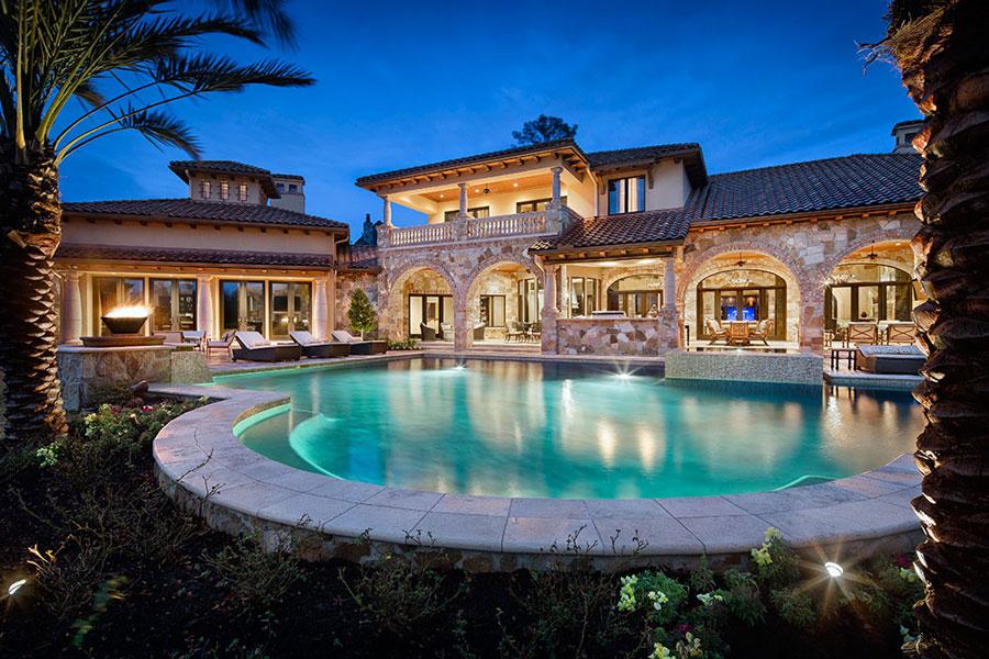 16 spettacolari ville di lusso con piscina for Ville lussuose interni