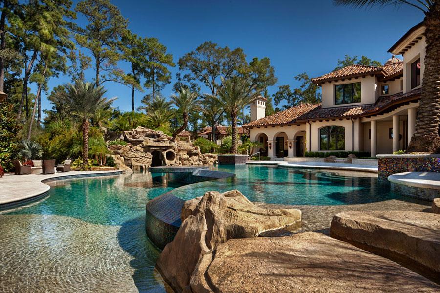 Villa di lusso con piscina dal design unico n.04