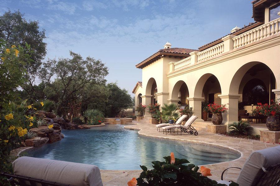 Villa di lusso con piscina dal design unico n.10