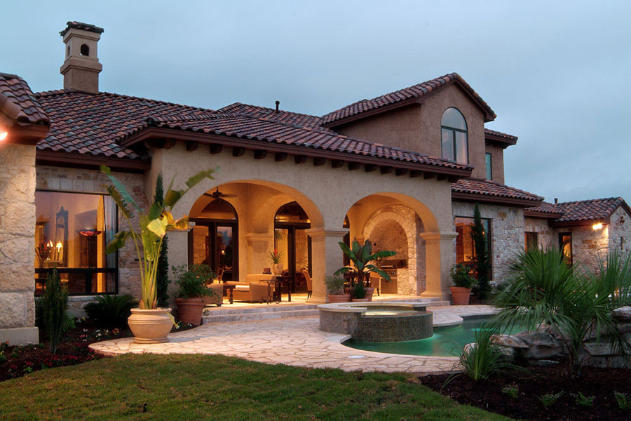 Villa di lusso con piscina dal design unico n.12