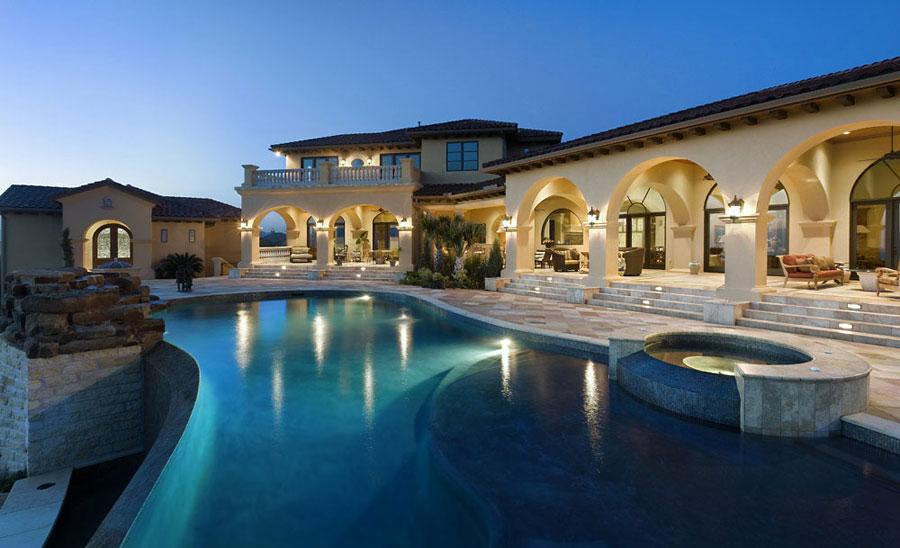 Villa di lusso con piscina dal design unico n.13