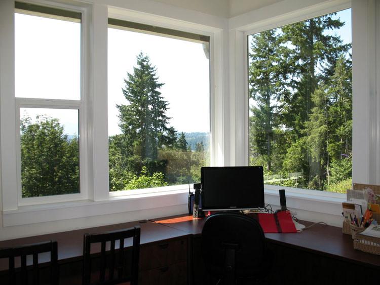 Arredamento per ufficio a casa con vista panoramica n.13