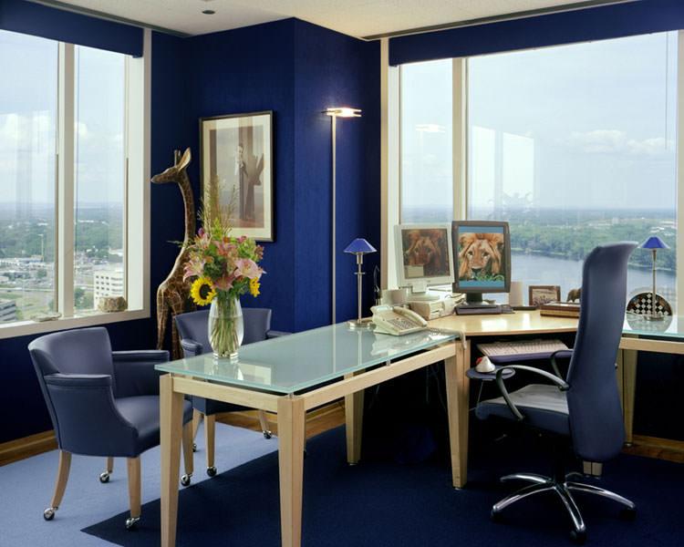 Arredamento per ufficio a casa con vista panoramica n.21