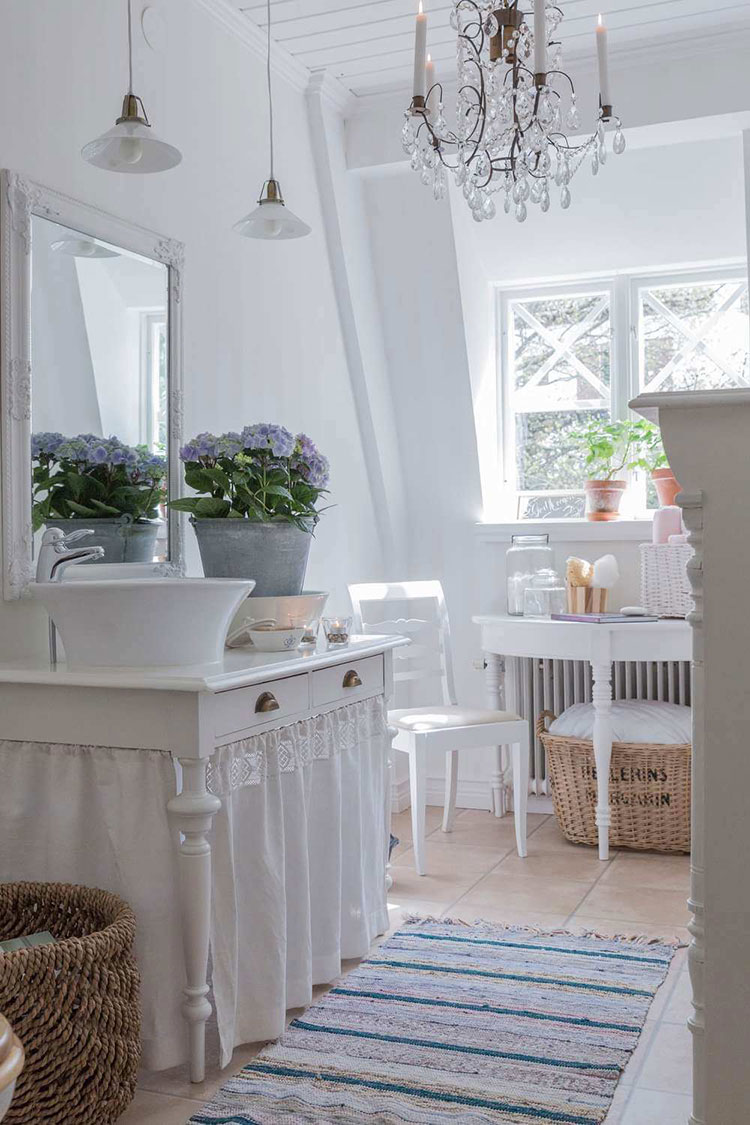 Bagno shabby chic in stile provenzale n.22