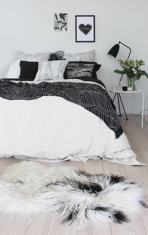 Camera da letto elegante in bianco e nero n.14