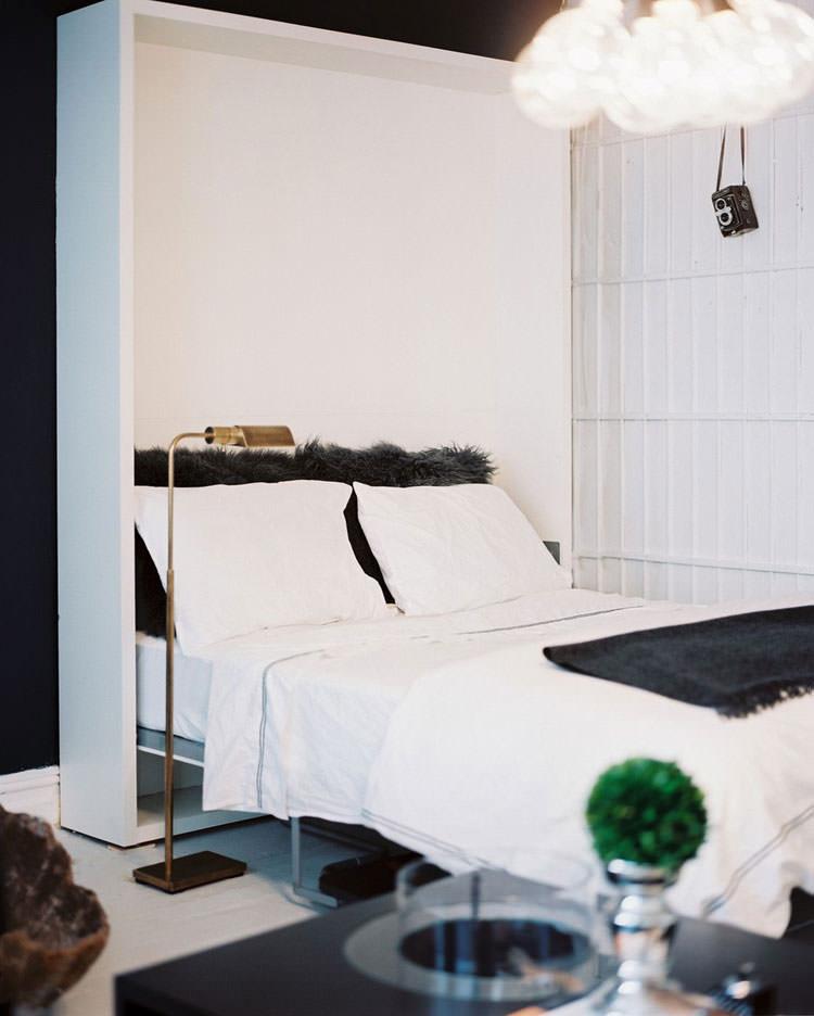 Camera da letto elegante in bianco e nero n.32