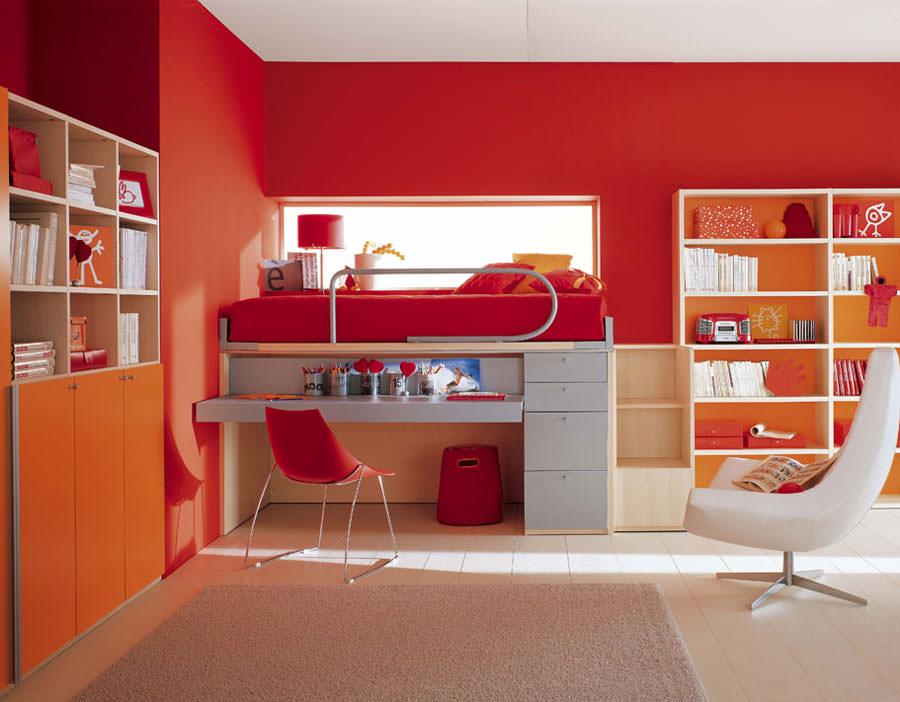 Idee per camerette con pareti rosse n.3