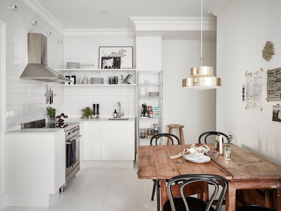 Cucina bianca dal design in stile scandinavo n.02