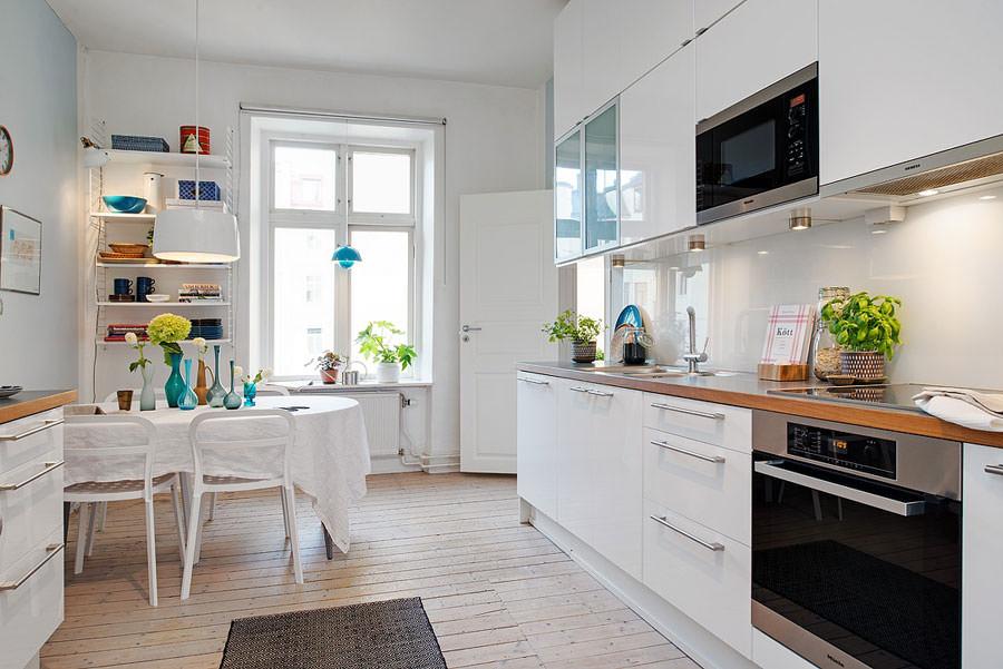 Cucina bianca dal design in stile scandinavo n.07