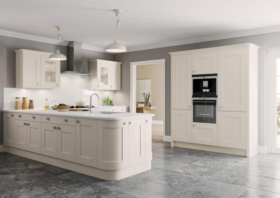 Cucina bianca dal design in stile scandinavo n.21