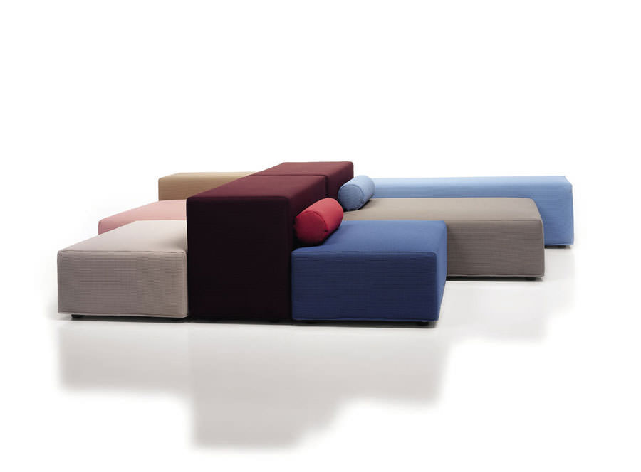 Divano modulare dal design moderno n.01