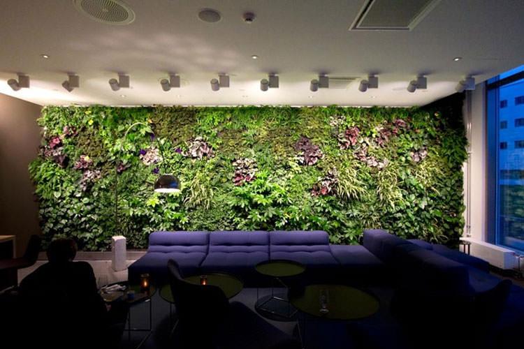 Giardini interni ispirati alla vegetazione della giungla