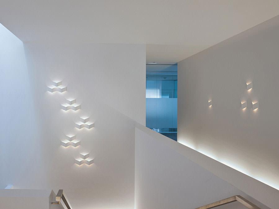 Lampada da parete dal design moderno e originale n.14